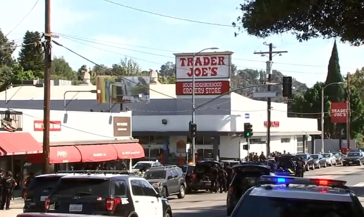 El mes pasado tuvo lugar un tiroteo fatal en el Trader Joe's de Silver Lake.