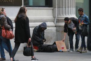 Por qué la pandemia potenció la riqueza de los multimillonarios y la pobreza de la mayoría de la población mundial