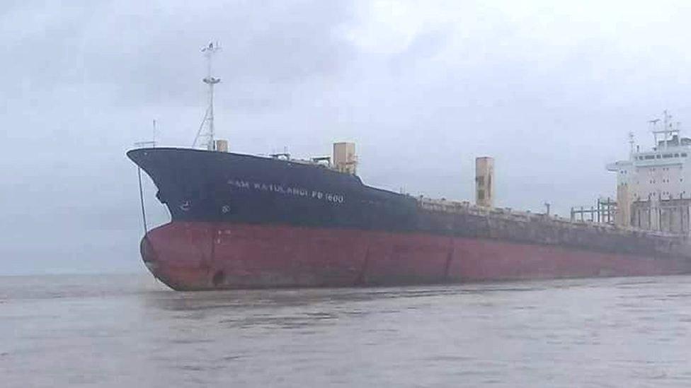 El misterio detrás del barco fantasma que apareció en las costas de Myanmar