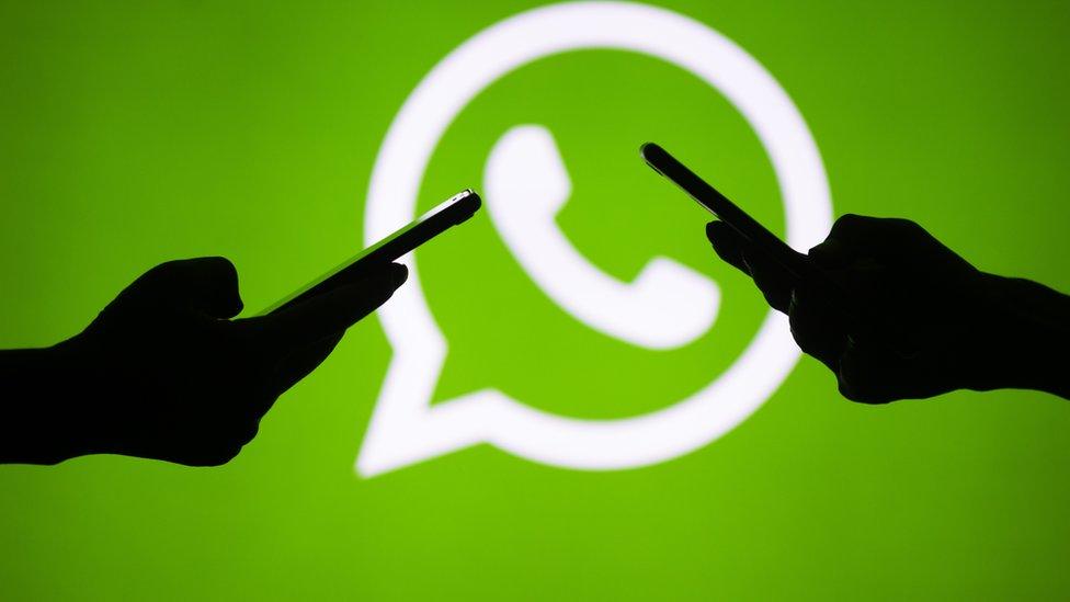 """6 malos hábitos que te hacen el contacto más """"odioso"""" de WhatsApp"""