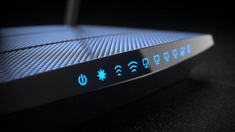 """10 cosas en casa que son """"enemigos"""" del WiFi"""