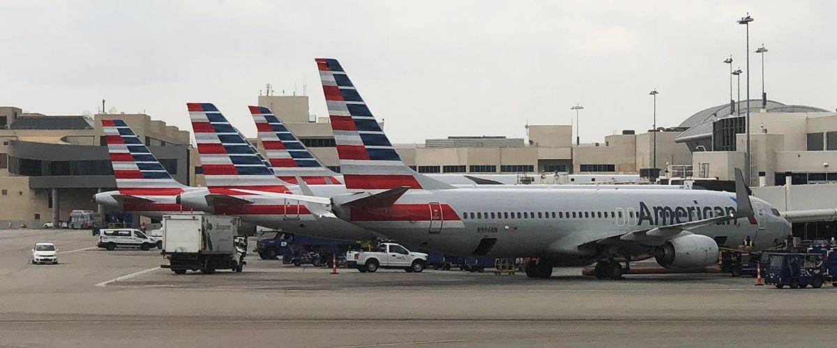 Reabre el aeropuerto de Fort Lauderdale tras las fuertes lluvias e inundaciones