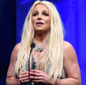 Britney Spears retrasa el lanzamiento de su próximo disco, el que dicen, podría ser el último de su carrera