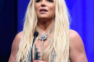 Britney Spears se rinde ante el acoso económico de su exmarido