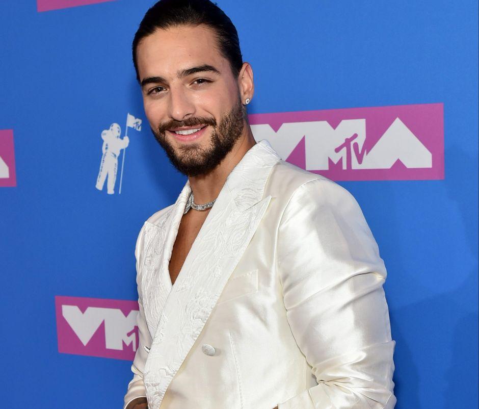 Mhoni Vidente predice que Maluma saldrá del clóset como Ricky Martin