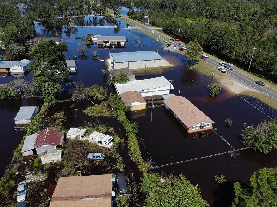 Los ríos siguen creciendo en las Carolinas tras las torrenciales lluvias de Florence