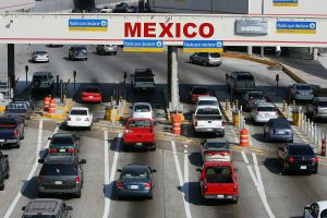 ¿Mi seguro de auto americano sirve en México y Canadá?