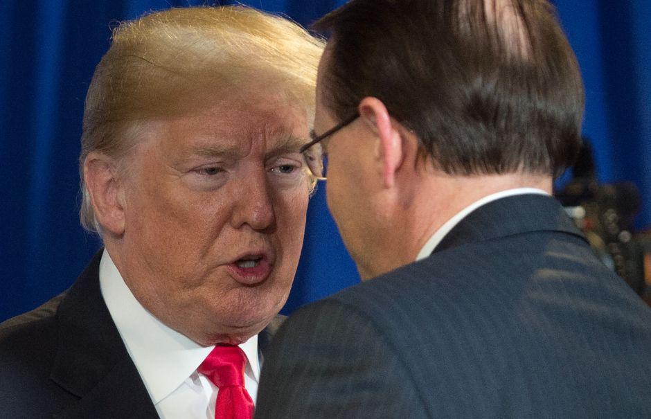 Ante rumores de renuncia de vice fiscal Rosenstein, Trump lo recibirá el jueves en la Casa Blanca