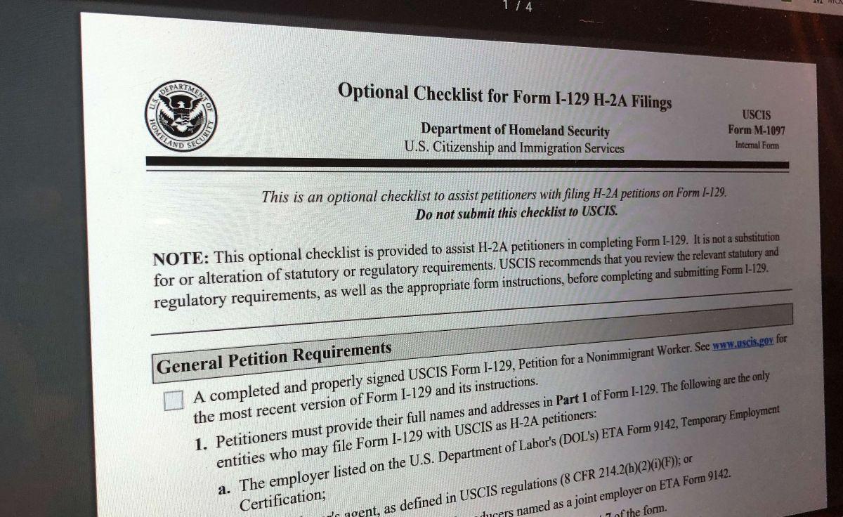 El DHS defendió el ajuste para acompañantes de visa H-2A.