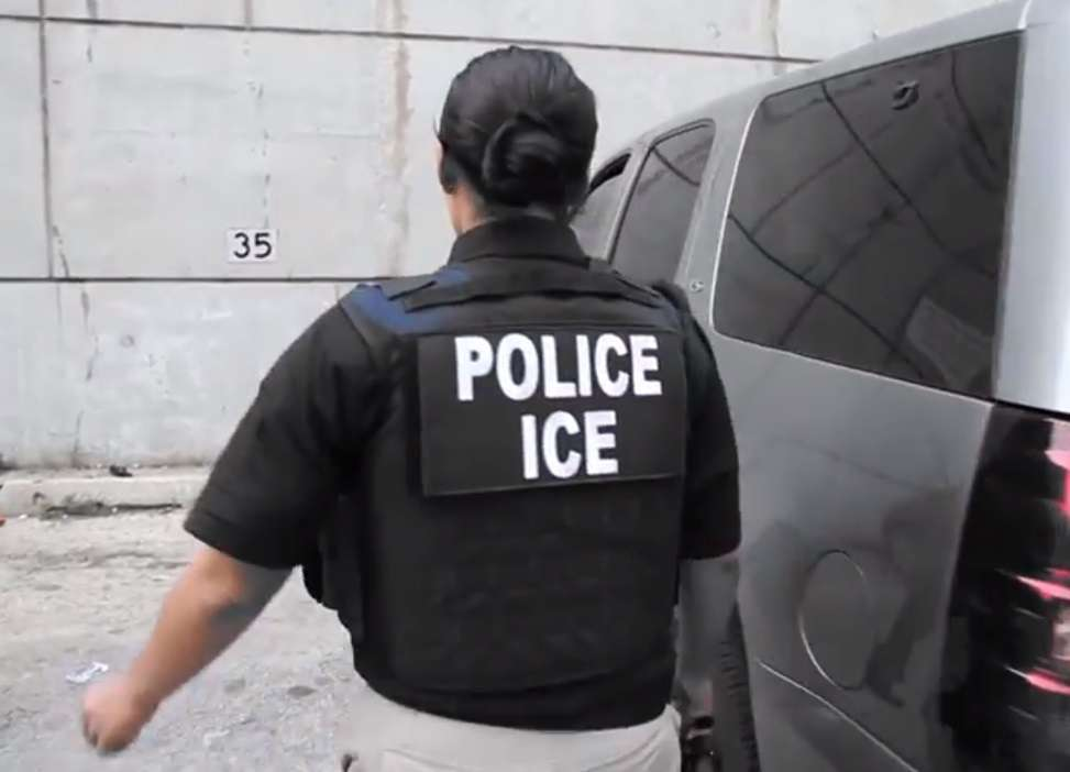ICE realiza distintos tipos de operativos para ubicar a indocumentados.