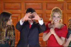 Peña olvida ondear la bandera, y falla en hacer un corazón; las burlas surgen en Twitter