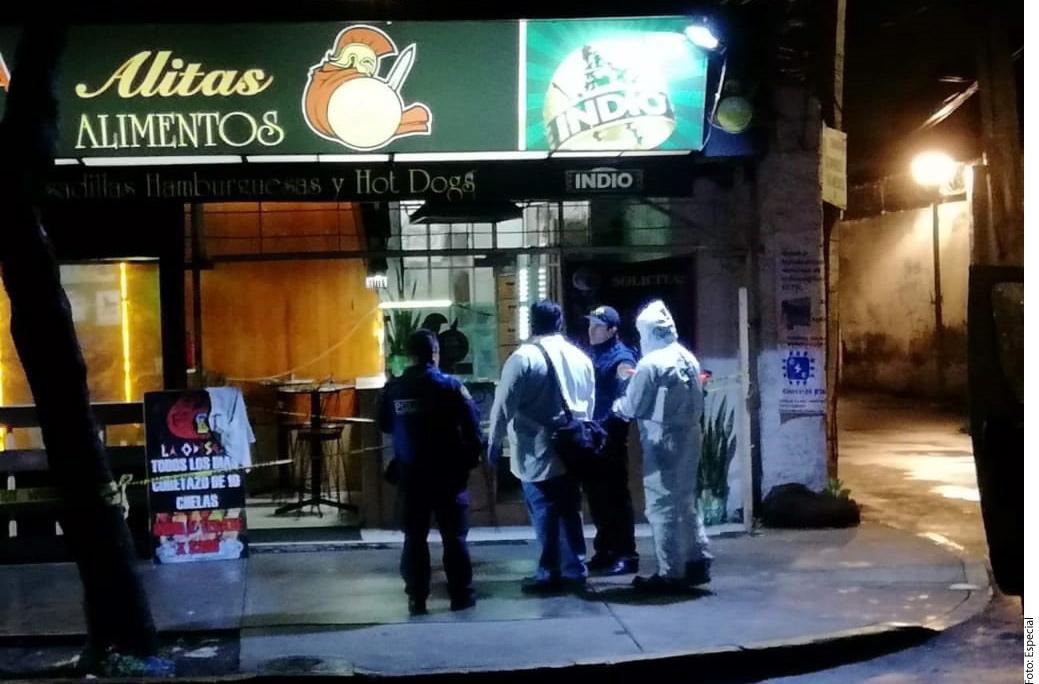 Matan a mujer durante asalto en un bar de la Ciudad de México