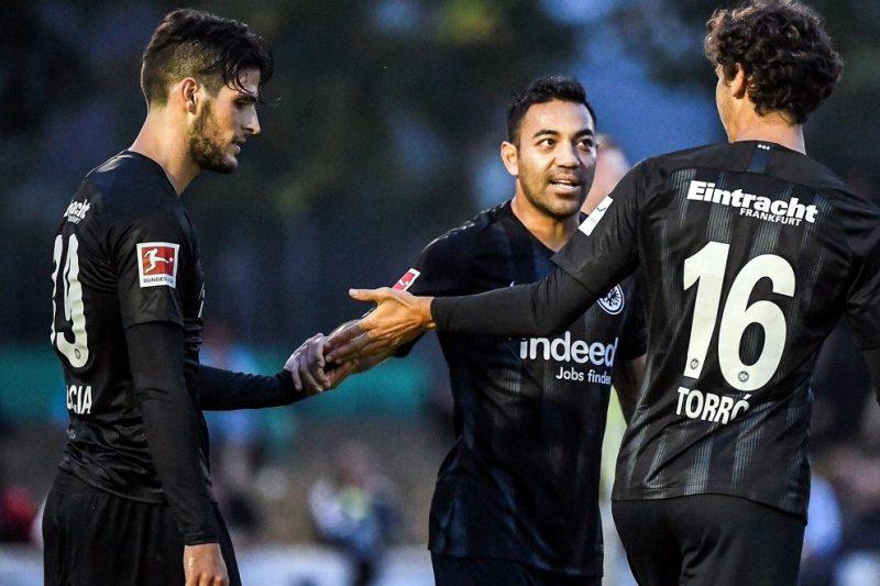 Marco Fabián vuelve al Eintracht Frankfurt y los sorprende con un doblete