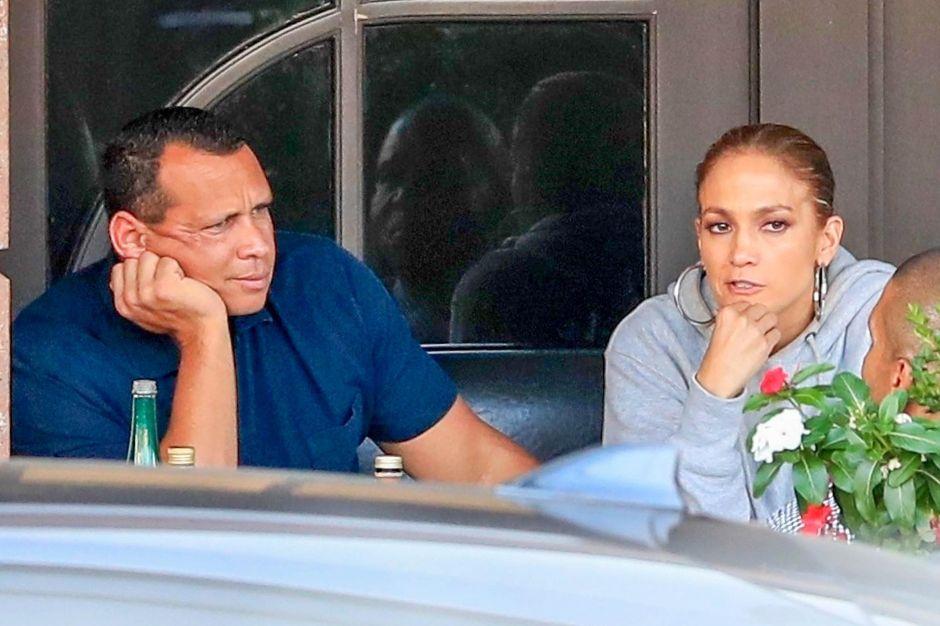 Jennifer López y Alex Rodríguez ponen a la venta piso de lujo, ¿será por el supuesto bebé que viene en camino?