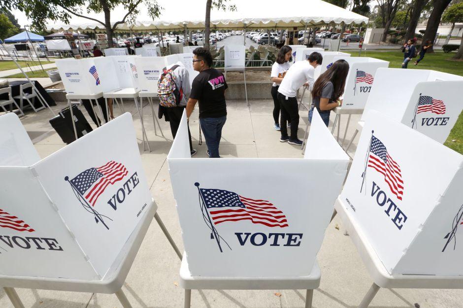 Activistas advierten de supresión de voto de minorías en estados clave para comicios legislativos