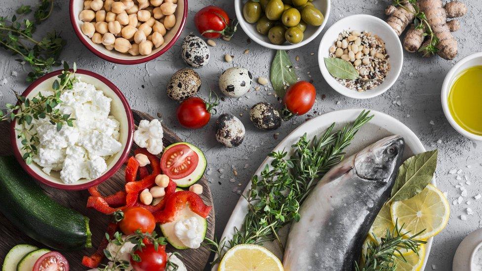 7 alimentos saludables que te quitan el hambre entre comidas