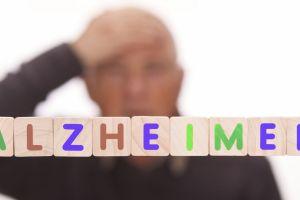 Joven de 17 años tiene Alzheimer y está perdiendo sus recuerdos