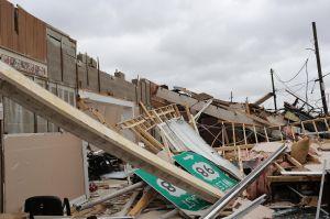 Dos muertos, inundaciones y miles de afectados dejó el huracán Michael en Florida