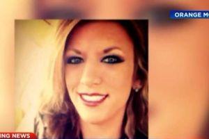 Mujer muere arrollada varias veces por su pareja en el patio de la casa