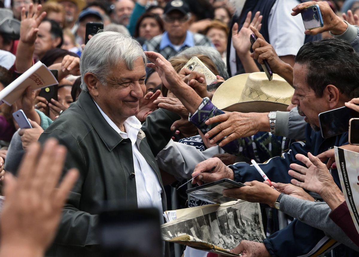¿Por qué la gente quiere, respeta y protege a Obrador?