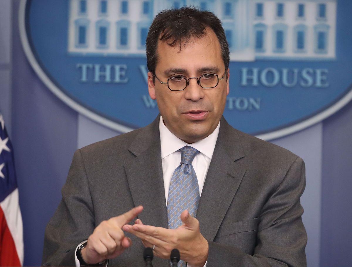 Francis Cissna, director de USCIS, ha implementado varios ajustes sobre las visas.