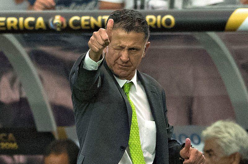Juan Carlos Osorio respondió al presunto interés de Chivas