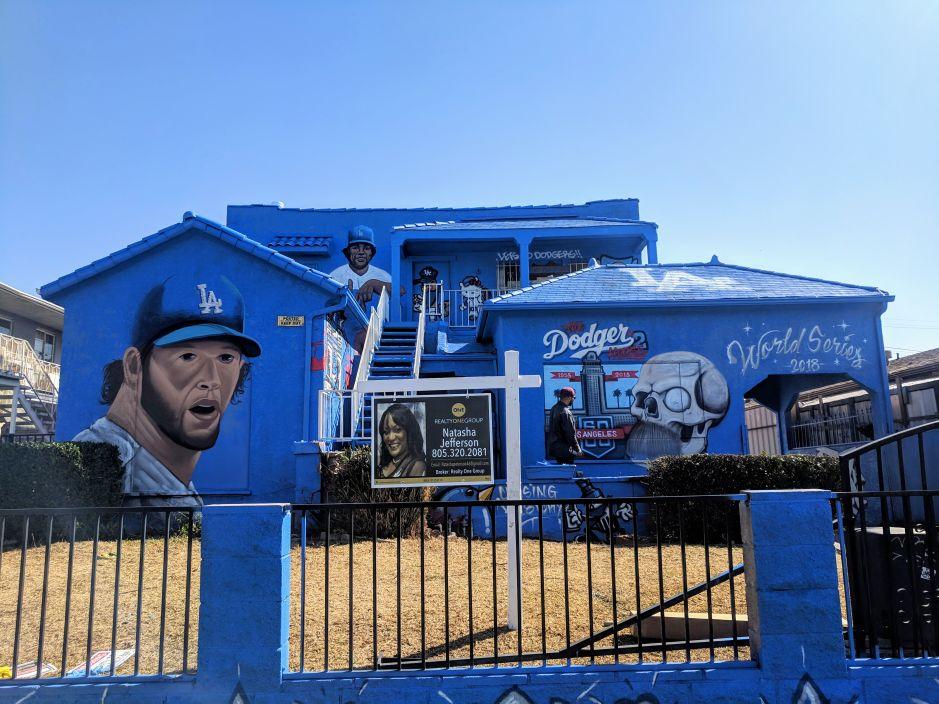 Fiebre azul por los Dodgers, ¿en qué parte de LA está esta casa?