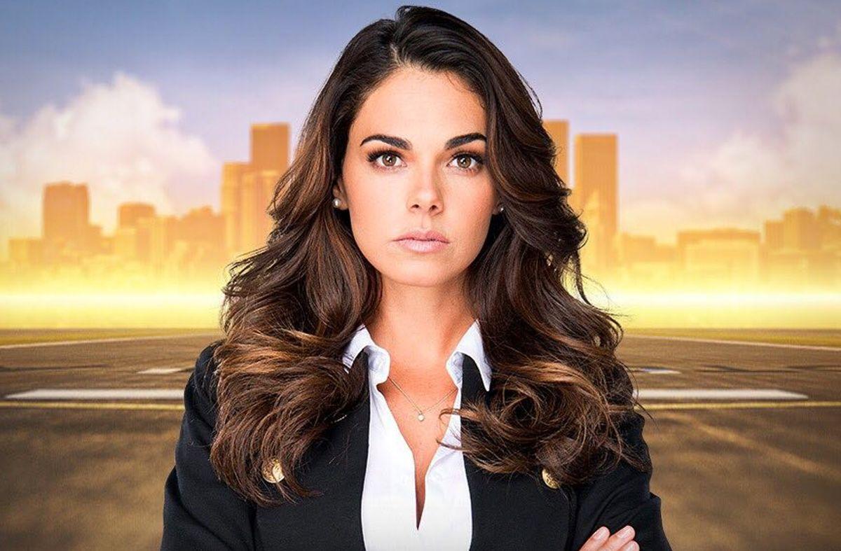 """Livia Brito, protagonista de """"La Piloto 2"""" / Foto: Univision"""