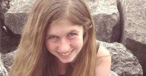 Hallan viva a una niña perdida desde octubre cuando mataron a sus padres