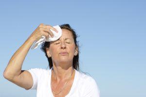 Evita la retención de líquidos y calma los síntomas de la menopausia con estos productos