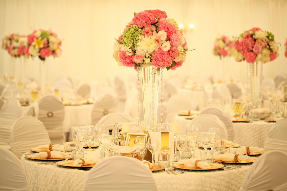 Las 4 mejores ideas para crear los centros de mesa para tu boda