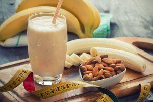 Exquisito batido de avena y plátano, para bajar rápidamente de peso