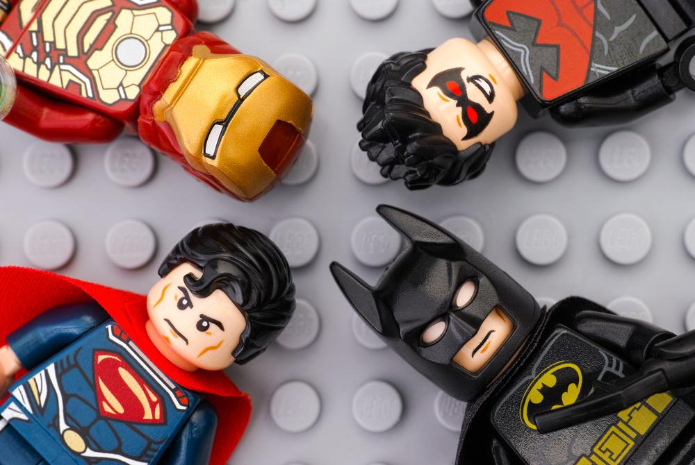 Los 9 juguetes de super heroes más populares para niños