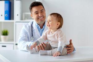 Las 9 citas obligatorias del bebé con el pediatra