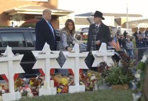 Lo mejor que hizo Trump durante su visita a Pittsburgh tras tiroteo en sinagoga