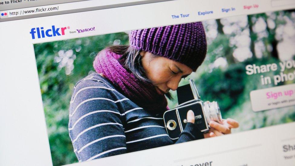 Flickrs nació en 2004 d como una plataforma donde subir fotos y videos.