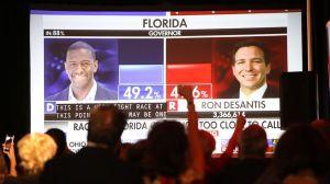 Florida completa el recuento de votos por máquina, en medio de batallas legales