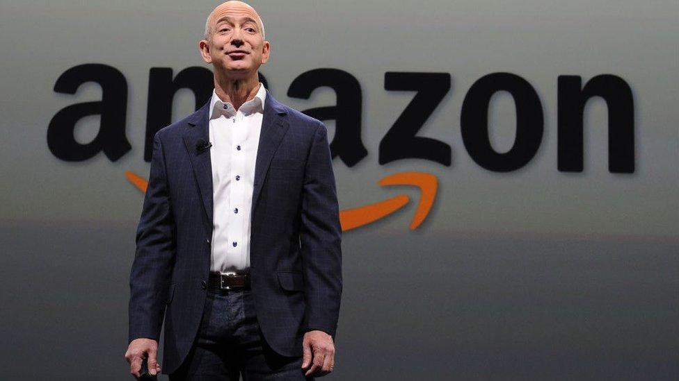 CEO de Amazon podría dejar de ser el hombre más rico del mundo. Perdió 7 mil millones en un día