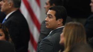 """Expolicía que """"protegía"""" las drogas declara en el juicio del hermano del presidente de Honduras"""