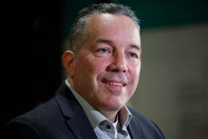 Habrá separación de agentes del Sheriff y de ICE, dice el nuevo sheriff Alex Villanueva