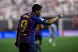 Luis Suárez volvió a rescatar al Barcelona en Vallecas
