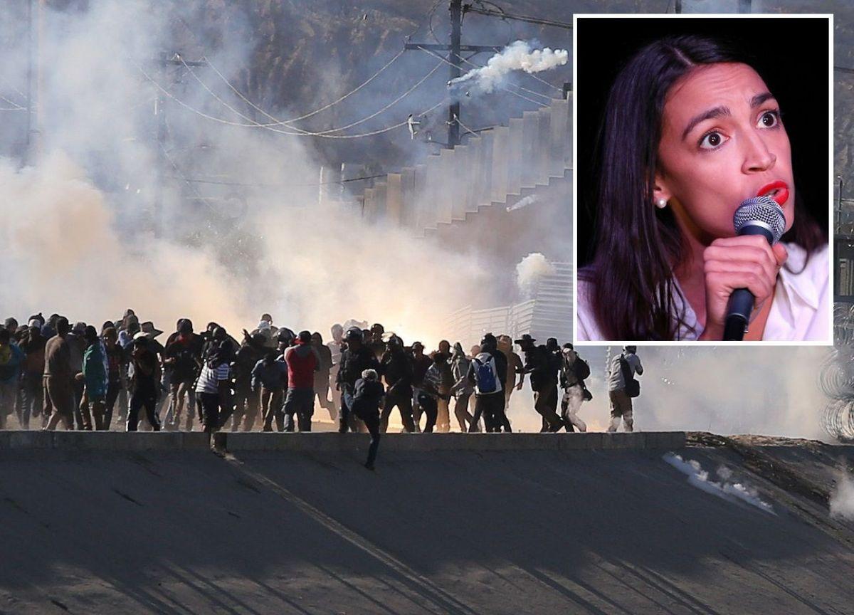 Alexandria Ocasio-Cortez defiende que centroamericanos soliciten asilo.