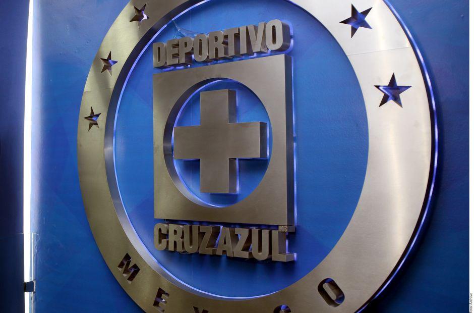 """Cruz Azul es investigado por pactar """"cuotas"""" en fichajes"""