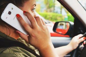 Primeras cámaras de detección de celulares comienzan a vigilar las carreteras de Australia
