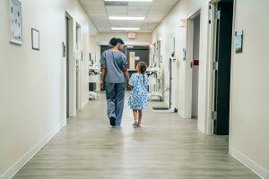 Los hospitales infantiles claman de nuevo por la ayuda de los votantes, pero ¿la necesitan?