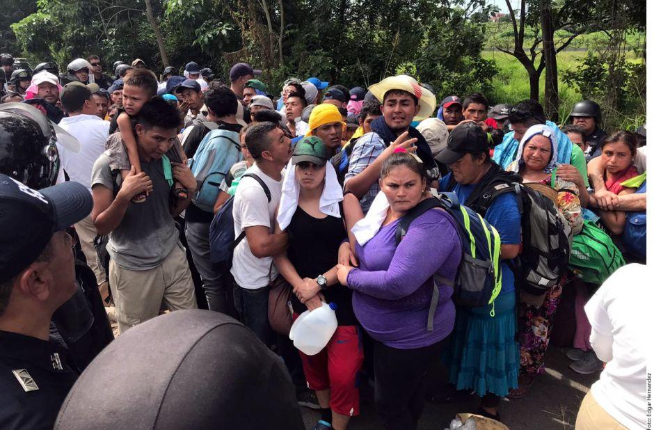 Gobierno mexicano ofrece empleo a 686 migrantes de la caravana