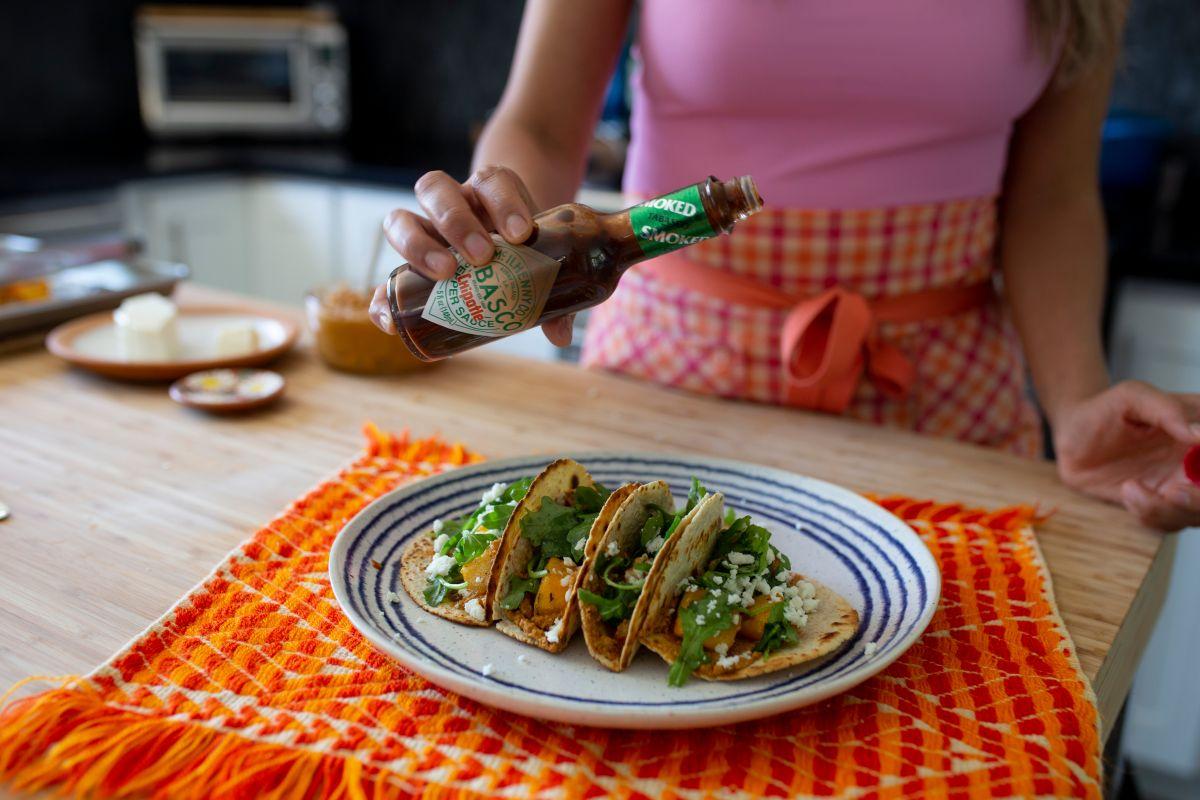 La receta más rica de tacos de calabaza al chipotle