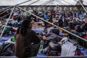 EEUU afronta presiones para mitigar crisis humanitaria en la frontera sur