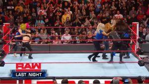 VIDEO: Así fue la brutal fractura de Becky Lynch que le impide pelear con Ronda Rousey