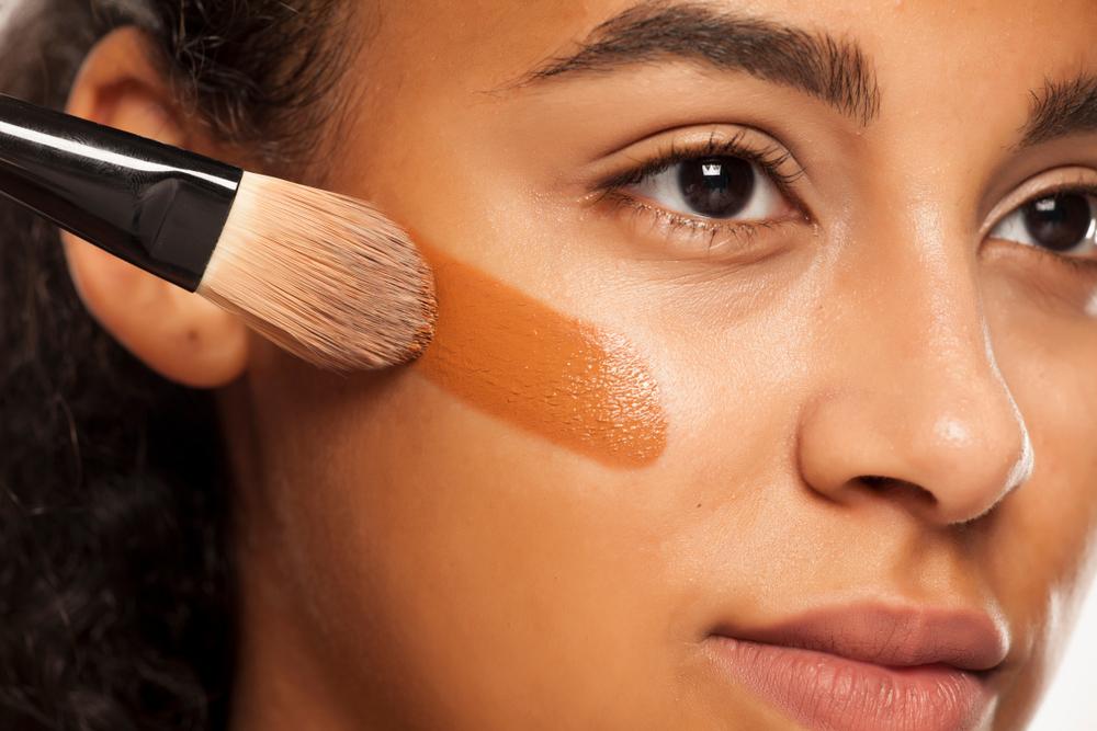 Las 5 Mejores Bases De Maquillaje Para Piel Grasa Y Mixta Que Duran Todo El Día La Opinión